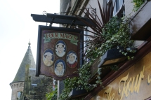 Four Marys, Linlithgow