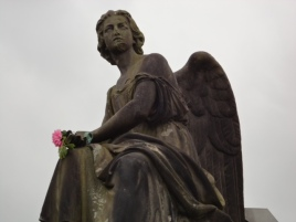 Glasgow Necropolis - who replaces her flower?