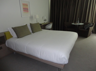 Gibson Hotel, Dublin. Bedroom