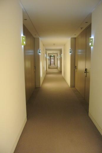 Gibson Hotel, Dublin. Corridor