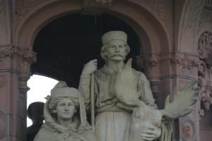 Doulton Fountain, detail, Glasgow Green