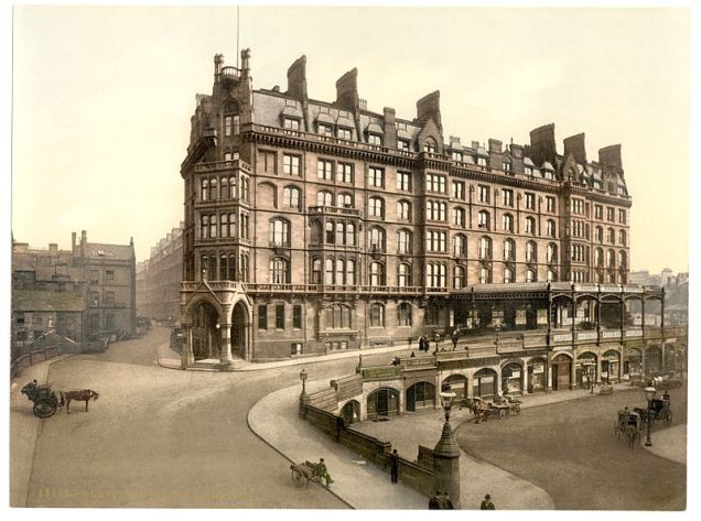 St Enoch's Station c1890-1900. By Photochrom Print Collection [Public domain], via Wikimedia Commons