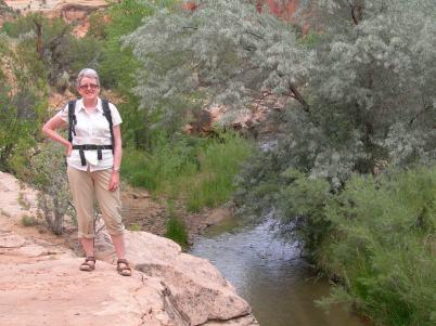 Escalante Natural Bridge trail