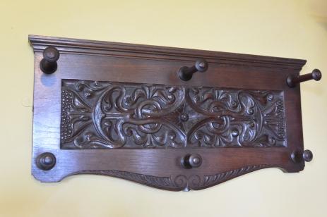 Arts and crafts bedroom - peg board