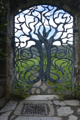 Lochside Gates