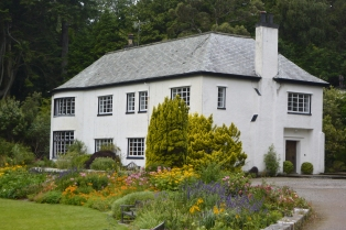 Inverewe House