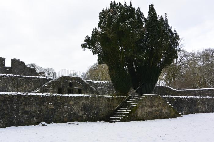Garden and Georgian summerhouse