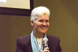 Lynne Rickards