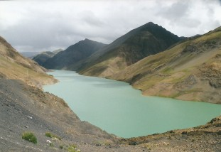 Simi-la Pass and reservoir