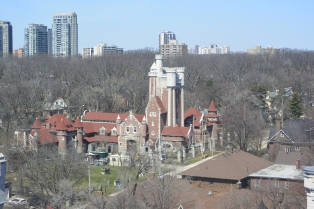 Casa Loma stables