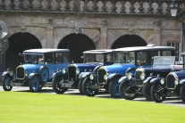 Veteran cars at Drumlanrig Castle