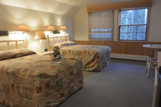 Canyon Lodge bedroom