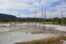 Opalescent Pool, Black Sand Basin
