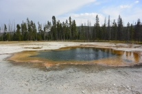 Emerald Pool, Black Sand Basin