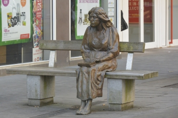 Fair Maid of Perth by Graham Ibbeson