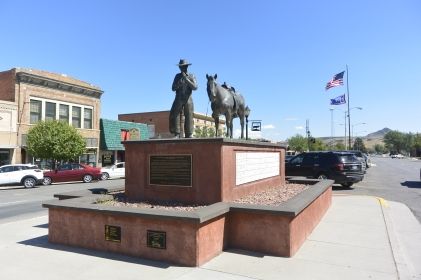 Statue by Carl Jensen