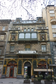 Mai Manó House