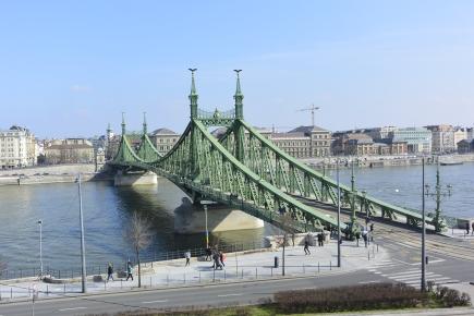Szabadság Bridge