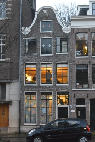 Jordaan window gazing
