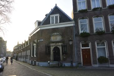 Almshouses (1651)