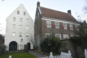 Pandhuis (medieval granary)