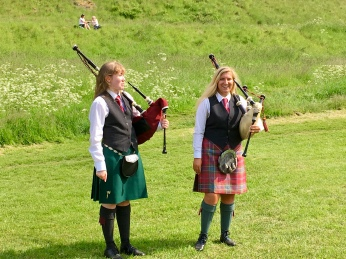Welcomed by pipers