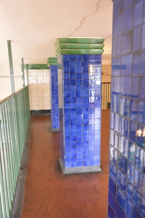 Tiled pillars