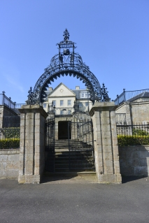 Donibristle House