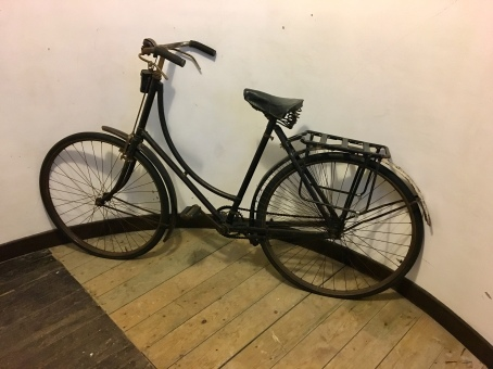 Agnes's bicycle