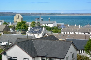 Bowmore Distillery from Round Church