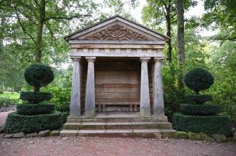 Garden shelter