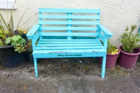 Small person's bench