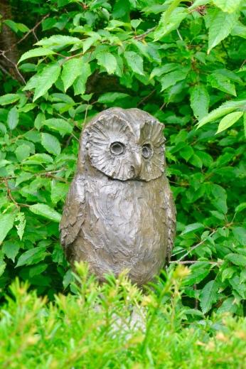Owl by Rosie Sturgis, bronze resin, 2017.