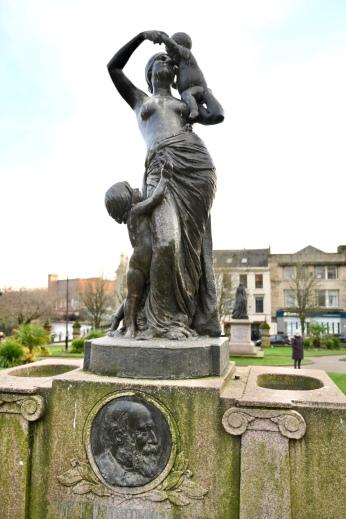 Sir William Dunn Memorial