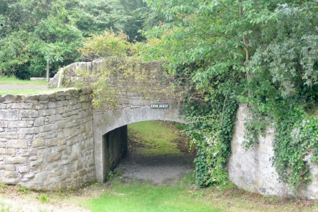 Hirsel Cow Arch