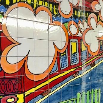 Hyndland Station mural by local schoolchildren