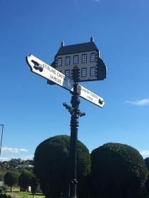 Huntershill sign
