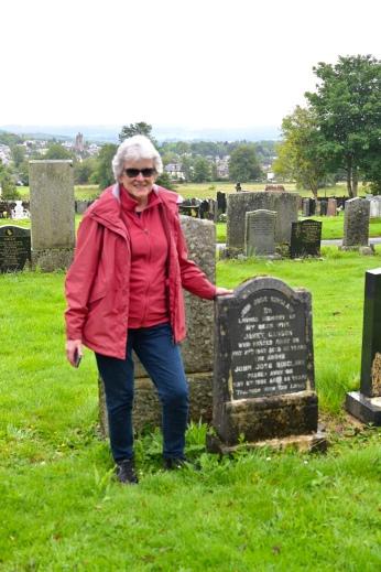 Sinclair grave