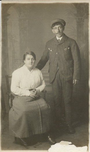 Meg and Donald McPhail c1910