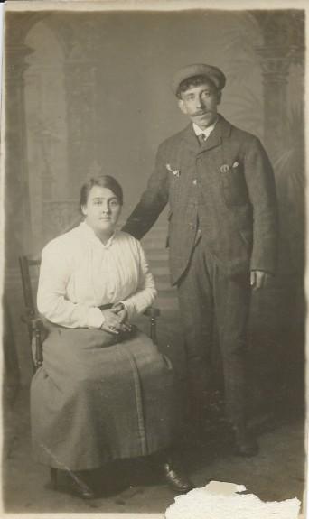 Meg and Donald McPhail c1910