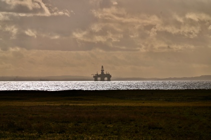 Firth of Forth oil rig