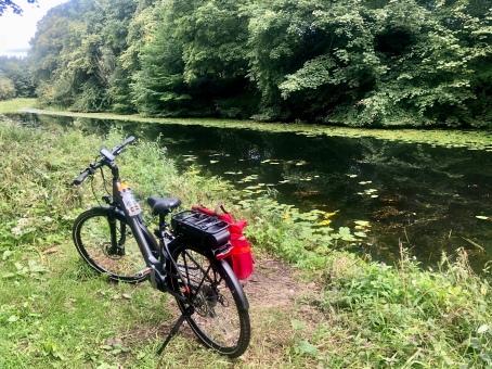 John's bike on the canal at Cadder